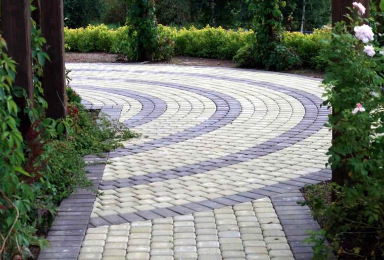 Мощение, садовые дорожки, площадки в ландшафтном дизайне