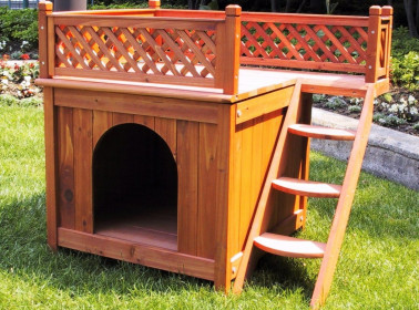 Будки и домики для собак в саду