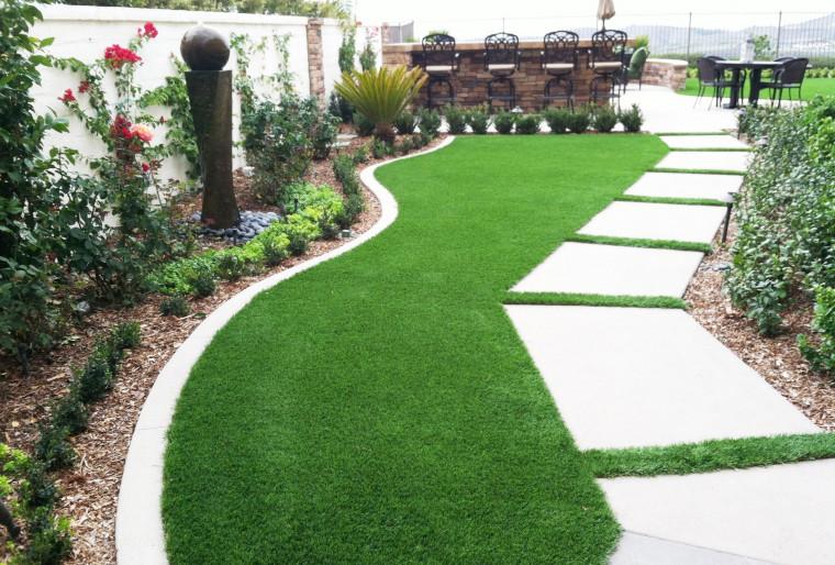 Рулонный газон в ландшафтном дизайне