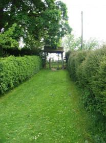 Комнаты в садах на загородном участке